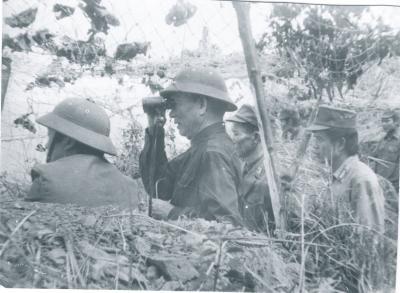 Đại tướng Lê Đức Anh thị sát biên giới phía Bắc