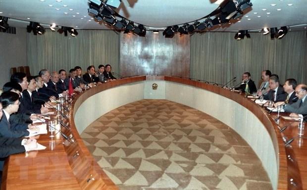 Chủ tịch nước Lê Đức Anh hội đàm với Tổng thống Brazil Fernando Henrique Cardoso trong chuyến thăm chính thức Brazil, tháng 10/1995. (Ảnh: Cao Phong/TTXVN)