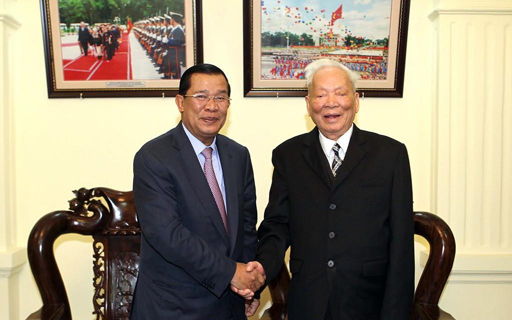 """Đại tướng Lê Đức Anh - """"Tà Sáu Việt Nam"""" của nhân dân Campuchia"""
